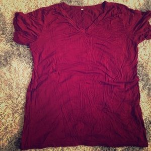 Tops - Simple, soft  maroon shirt